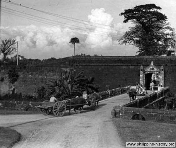 Tor zu Intramuros